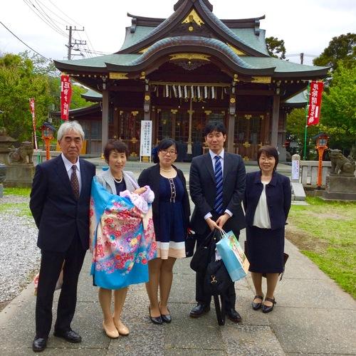 友引の日曜日、ご家族お揃いでの初宮詣、おめでとうございました。