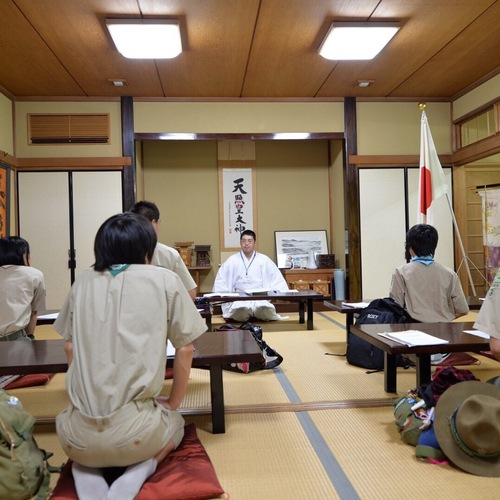 今日は禰宜さんが午後から横浜へ出張し、講義を行いました。