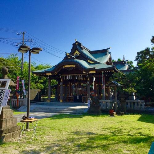 禰宜さんが神社庁の会合に出席するも写真を撮り損ね、2日連続境内の写真です(^^;