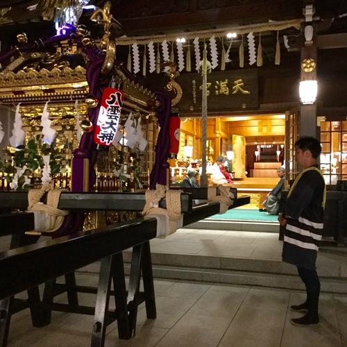 還御祭を行いました。これにて、平成28年久里浜天神社例大祭は無事終了となります。