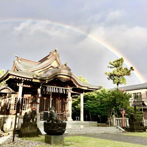 7月29日 早朝の晴れ間に大きな虹がかかりました。